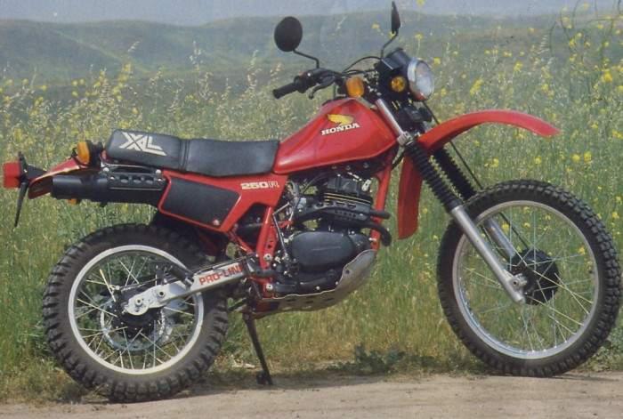 Honda XL250R 82